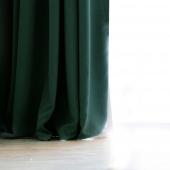 DecoKing - Zasłony Welurowe Zielone Gładkie PIERRE 140cm x 270cm